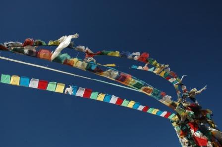 カトマンドゥを起点とするチベットツアーが年間を通して催行されています。 独特な文化を持ち、世界中